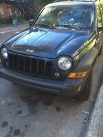 Jeep Liberty CRD Diesel 4 x 4 TOIT ouvrant