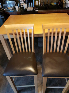 Kitchen table w 8 chairs