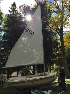 16 foot CL sailboat includes all 3 sails and trailer.