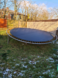 Free to pickup/collection!!!! Ready to take away Trampoline