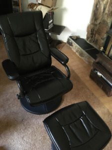 Flash Furniture Black Leather Recliner/Ottoman
