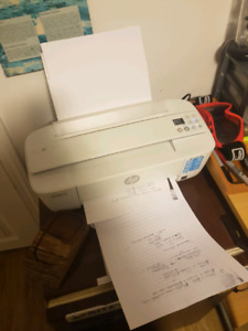 Compact printer. Still has ink.