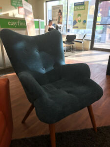 PREVIOUSLY ENJOYED PELSO TURQUOISE CHAIR