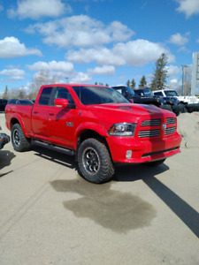 """WANT A LIFTED TRUCK ? """"NEW"""" 16 DEMO RAM 1500 4x4"""