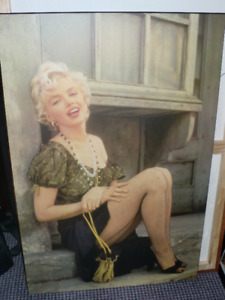 Wall decor, Marilyn Monroe (24 inches by 36), large laminated pr