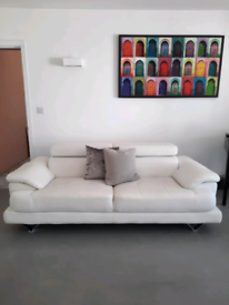 White Leather 2-3 seater sofa
