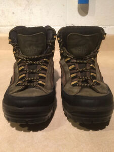 Women's Sorel Rock-Hi Sage Hiking Boots Size 8 London Ontario image 5