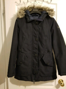 The North Face women dryvent goose down jacket in navy