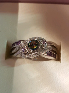 Brand new 925 stamped womens ring