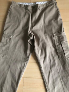 Dickie cargo Work pants.38x34,Never worn but washed