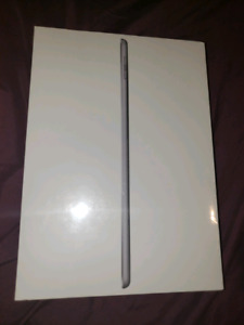 iPad 6th generation 32gb wifi + cellulaire, neuf boite scellée.