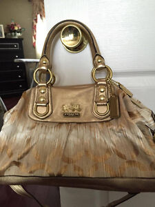 Authentic Michael Kors, Kate Spade, Guess, Coach, DKNY Handbags
