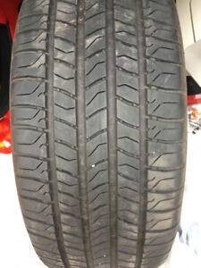 LIKE NEW SET OF 225 50 17 MICHELIN TIRES