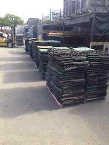 """Pre-Owned Rubber Tiles 24""""x24"""" x2"""" Thick Great For Gym Floor! Sarnia Sarnia Area image 4"""