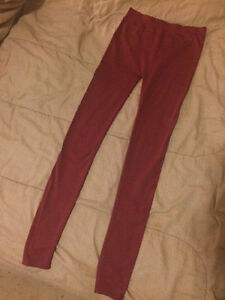 Burgundy silky tights London Ontario image 2