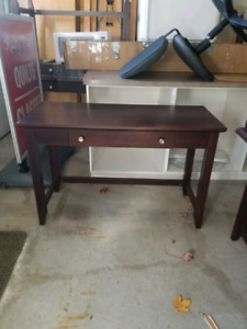 Desk / sewing table