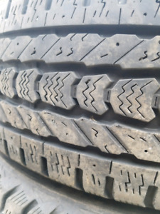 Tire dhiver lt 245/70/17