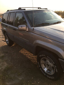 1997 Jeep Grand Cherokee Limited Laredo SUV, Crossover