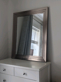 ** Reserved ** Large Mirror