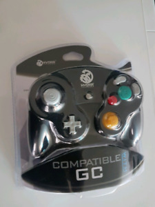 Gamecube Compatible Hydra brand controller, new, in sealed box.