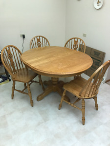 Price Reduced - Solid Oak Pedestal Table w/Chairs
