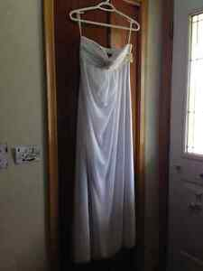 Never worn size 8 wedding gown