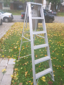 6 foot Featherlite aluminum step ladder