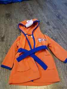 Tigger bathrobe 18 to 24 months