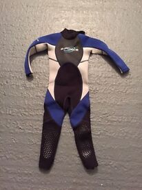 Gul G Force junior wetsuit chest size 66cm approx 2-3years old