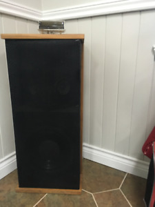 Quad | New & Used Stereo Systems & Home Theaters in Canada | Kijiji