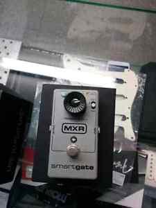 Pédale Smart gate Noise Gate M-135 MXR Usagée*