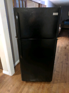 Great fridge for sale. frigidaire 30inch wide fridge