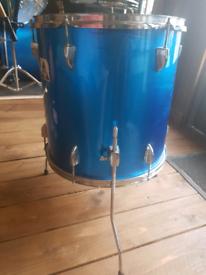 Floor tom drum