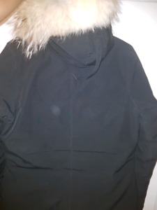WOMEN'S CANADA GOOSE SIZE M