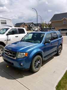 2009 FORD ESCAPE XLT!