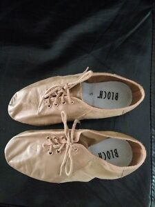 Beige jazz shoes size 5. Bloch brand.  Belleville Belleville Area image 1