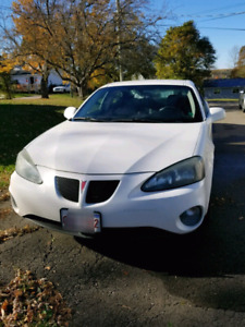 2005 Pontiac Grand prix parts or repair .