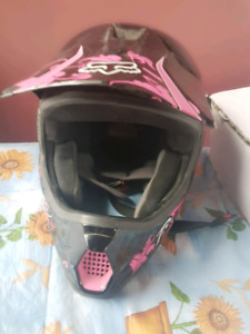Ladies medium fox helmet