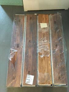 Laminate Floor - Antique Oak - Never used - 220 sqft
