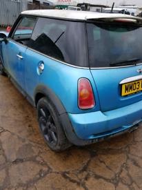 Breaking spares parts mini cooper S 2003 blue 3 door bumper wing door