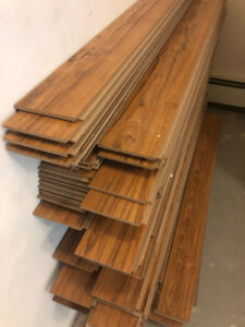 LAMINATE FLOORING - 550 Square Feet - First Come First Serve!