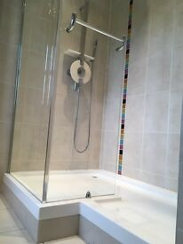 Complete Shower inc Shower, Screen and Tray