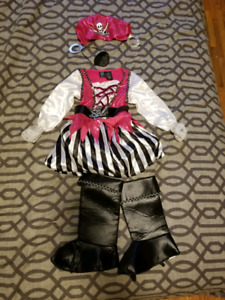 SUPER cut size 5-6 Pirate costume!