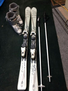 Women's Beginner Downhill Ski Set