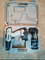 18V cordless drill with charger, case and some bits