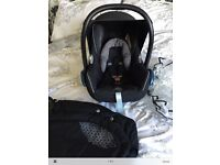 Black Maxi Cosi Cabriofix Car Seat & Matching Footmuff,rain over all in excellent condition