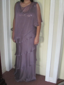 Size 10 Laura Mother of the bride dress