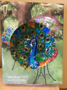 Infinity Bird Bath With Metal Stand - Still NEW in box - Peacock