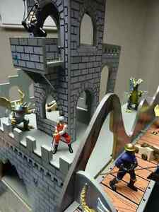 Medieval Castle with Schleich Knights and Dragons Windsor Region Ontario image 6