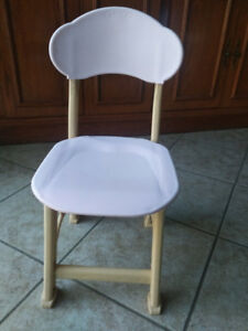Toddler Chair in excellent condition